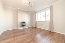 3 bed Terraced home to rent in Besley Street...