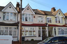 3 bed Terraced property to rent in Nutfield Road...