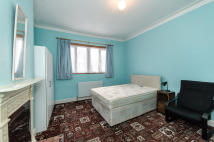 Flat Share in Beatrice Avenue, Norbury