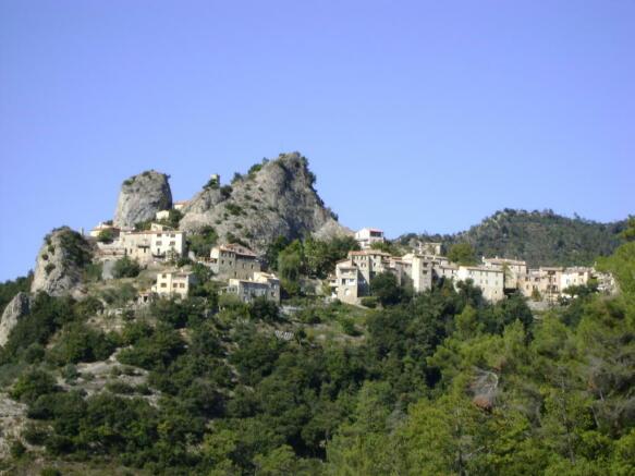 Vieux Pierrefeu