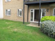 2 bed Ground Flat in Anemone Court, Enfield