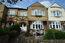 4 bedroom Terraced property to rent in Chestnut Drive, Wanstead