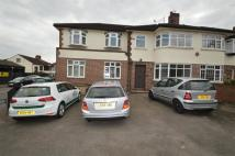 Chigwell Road property to rent