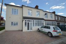 5 bedroom home for sale in Tomswood Hill, Ilford