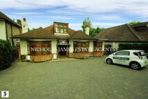 Detached Bungalow for sale in PARK AVENUE, Enfield, EN1