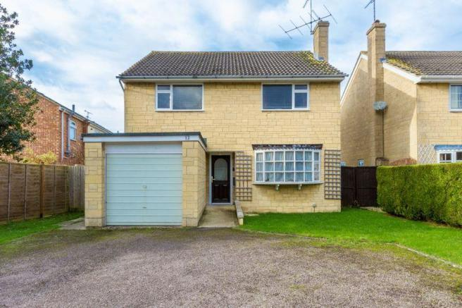 4 bedroom detached house for sale in Finchcroft Lane