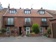 Town House to rent in Aldwark, City Center