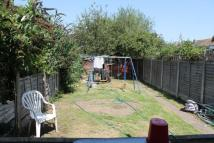 semi detached property to rent in Hornchurch, Essex, RM12