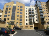 1 bedroom Apartment for sale in Victoria Way, Horsell...
