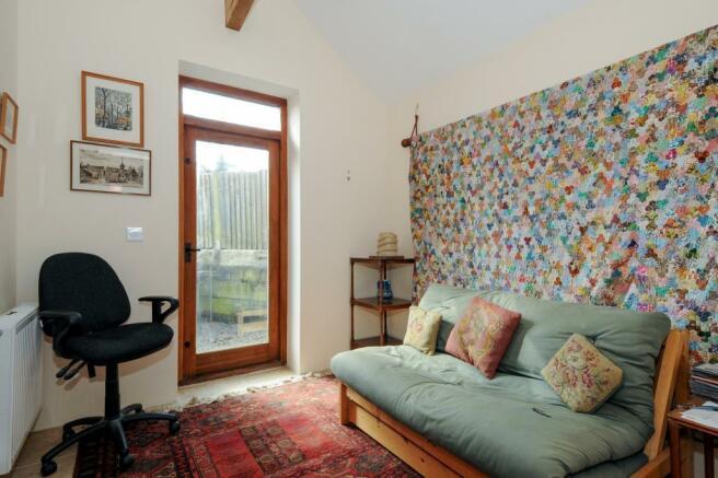 Bedroom 3 / Study