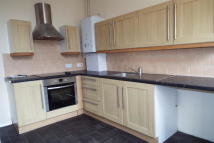 2 bedroom house in Dundonald Road...