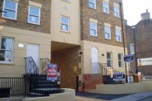 1 bedroom Flat in Effingham Street...