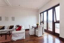 3 bedroom Flat to rent in Lexham Gardens, London