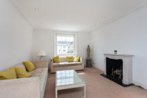 3 bedroom Apartment to rent in Strathearn Place, London...