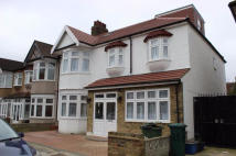 7 bed semi detached home in Campbell Avenue...