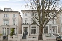 Maisonette in Belsize Square, London...