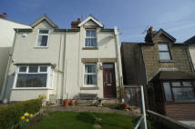 HAZELWOOD HILL semi detached house to rent