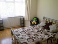 House Share in Rowantree Close London
