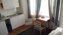 Studio apartment in Black Boy Lane London