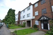 2 bedroom Apartment to rent in Chestnut Grove...
