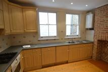 3 bedroom Detached home in Canbury Avenue...