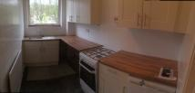Hollowfield Flat to rent