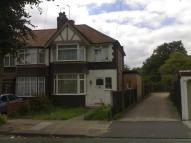 4 bed End of Terrace property in Conway Crescent...