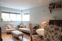 Flat to rent in Dunn Street, London, E8