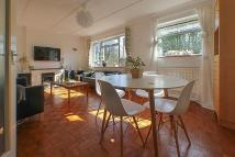2 bed Flat to rent in South Park Hill Road...