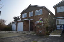 4 bedroom Detached house in St. Peters Close...