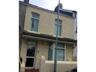5 bed Terraced property to rent in Canterbury Road, Swansea...