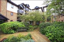 Flat to rent in Lichfield Gardens...