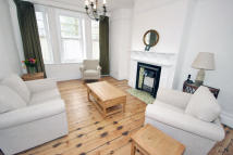 2 bed Flat in Cormont Road, London, SE5