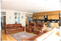 6 bed semi detached home for sale in SHRUBLAND ROAD, London...