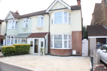 4 bed semi detached property in Romford, RM7
