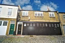 Hamilton Close Mews to rent