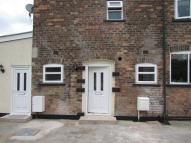 Maisonette to rent in Hadfield Street...