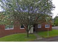 Flat to rent in Peak Drive, Dudley...