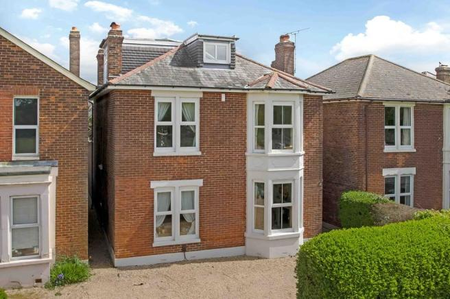 5 bedroom detached house for sale in emsworth hampshire po10