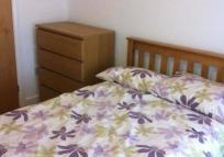 Flat Share in Vicarage Park, London