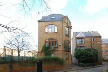 Wapping High Street Detached house to rent