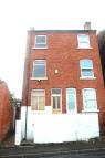 3 bedroom semi detached house in Hollis Street...