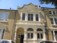 3 bed property in Elphinstone Road...