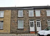 2 bed Terraced property for sale in Coedpenmaen Road...
