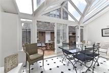 4 bed Penthouse for sale in Cinnamon Row...