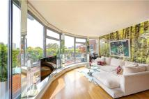 2 bed Flat to rent in Battersea Square, London...
