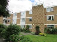 Flat to rent in Elstree