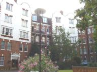 Flat in Kings Gardens, London...