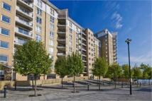 1 bedroom Flat to rent in Canary Wharf