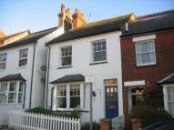 3 bedroom semi detached house to rent in Radlett